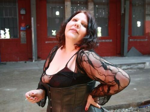 Lady-Ambrosya Profilfoto