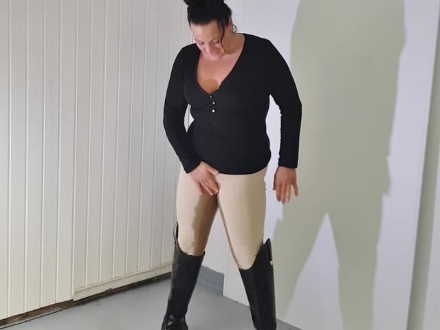 In reithose sex Sexy Frau